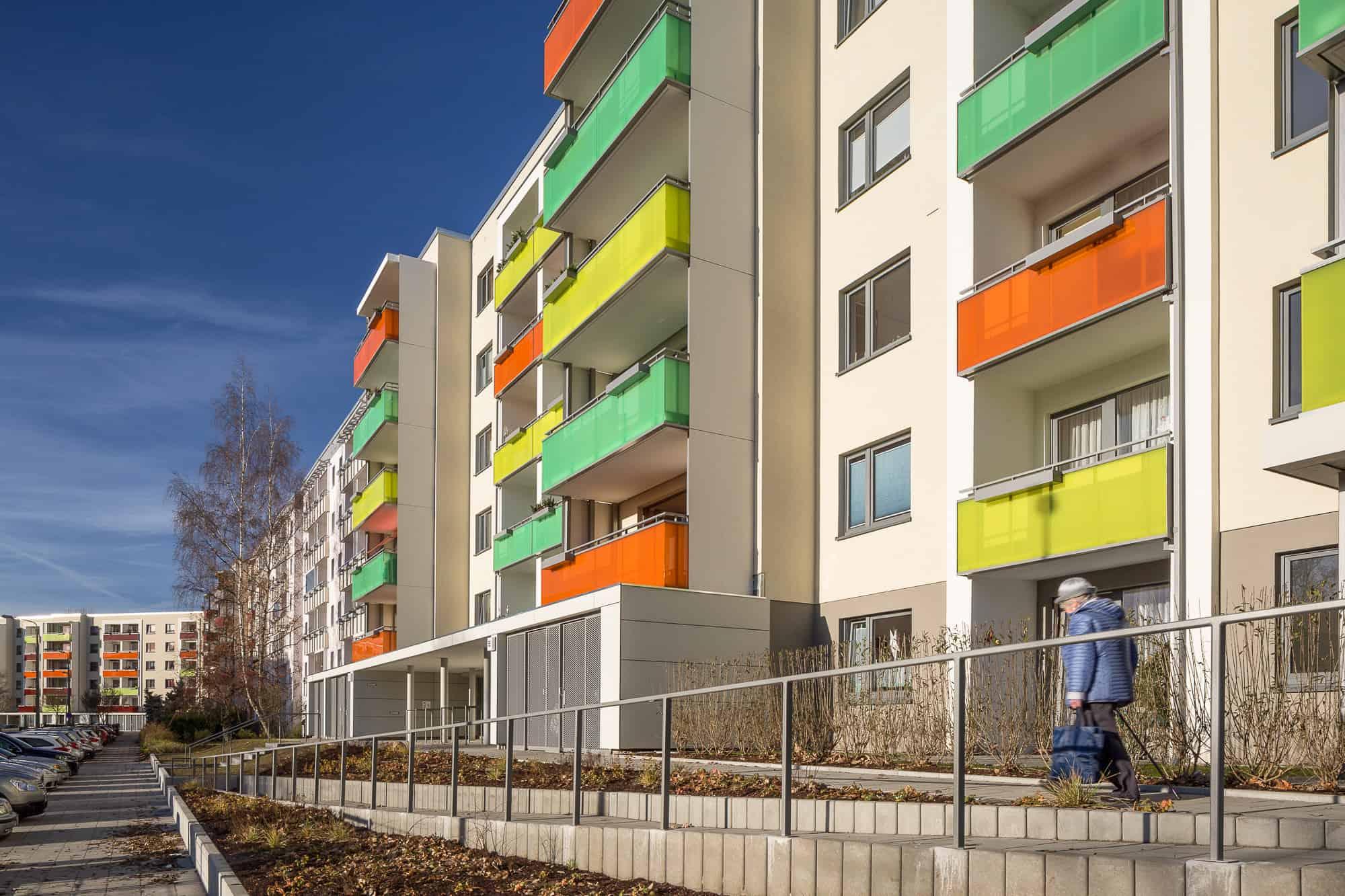 Wohungsbau - Komplexe Plattensanierung in Stralsund