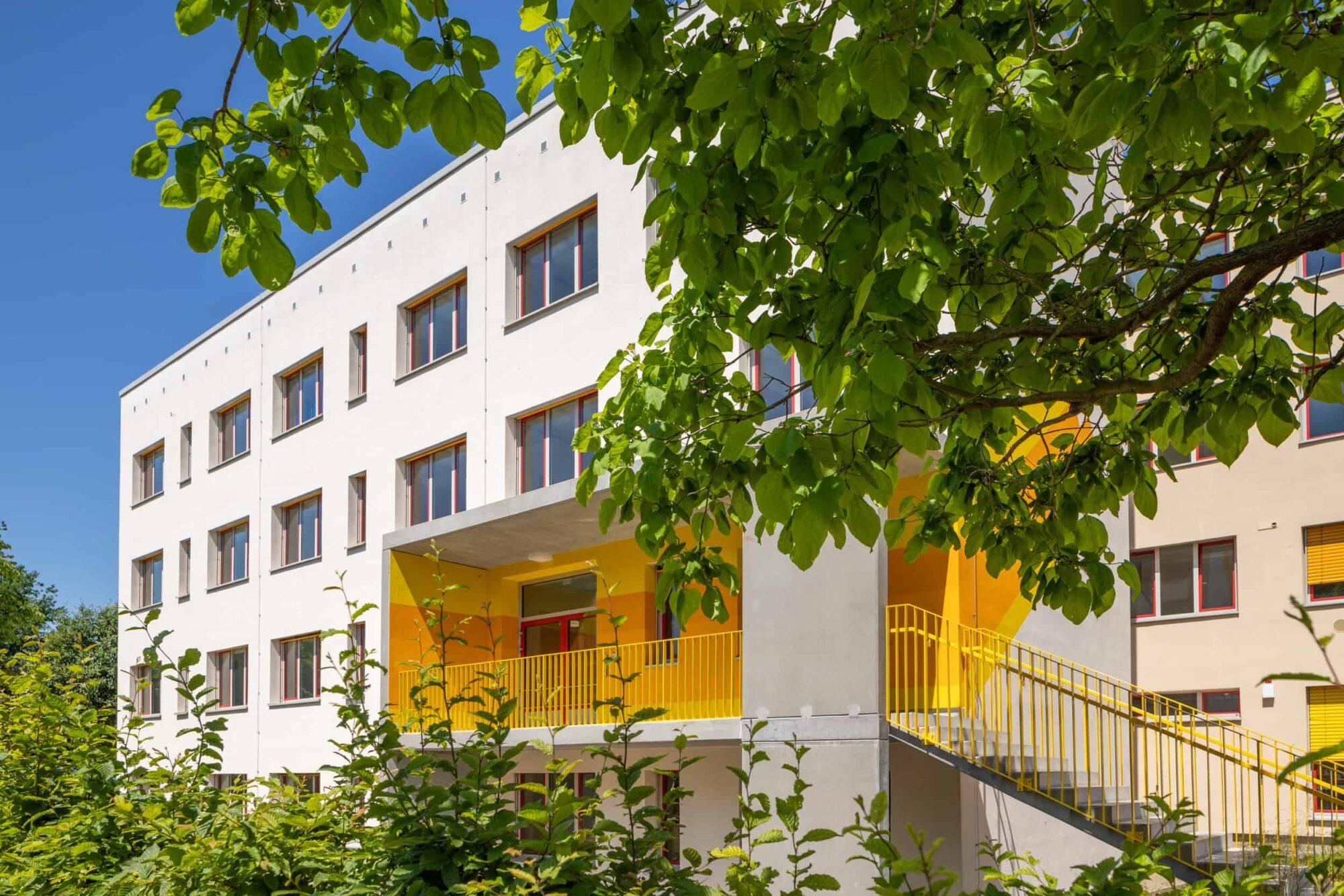 Ferdinand von Schill Grundschule Stralsund - Eingang