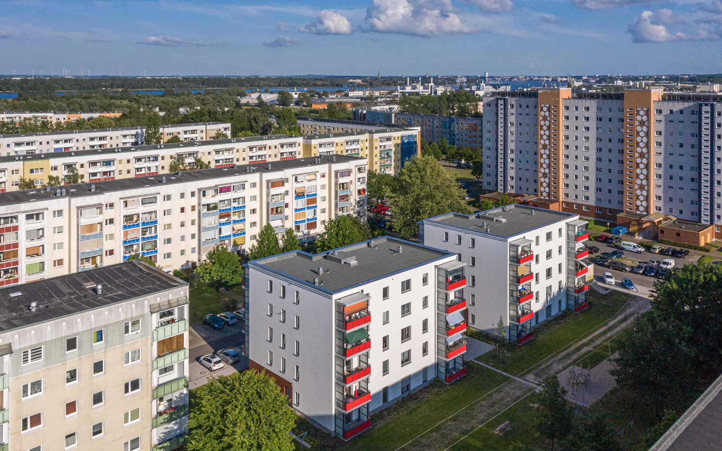 Sozialer Wohnungsbau in Rostock Schmarl - Bauliches Umfeld