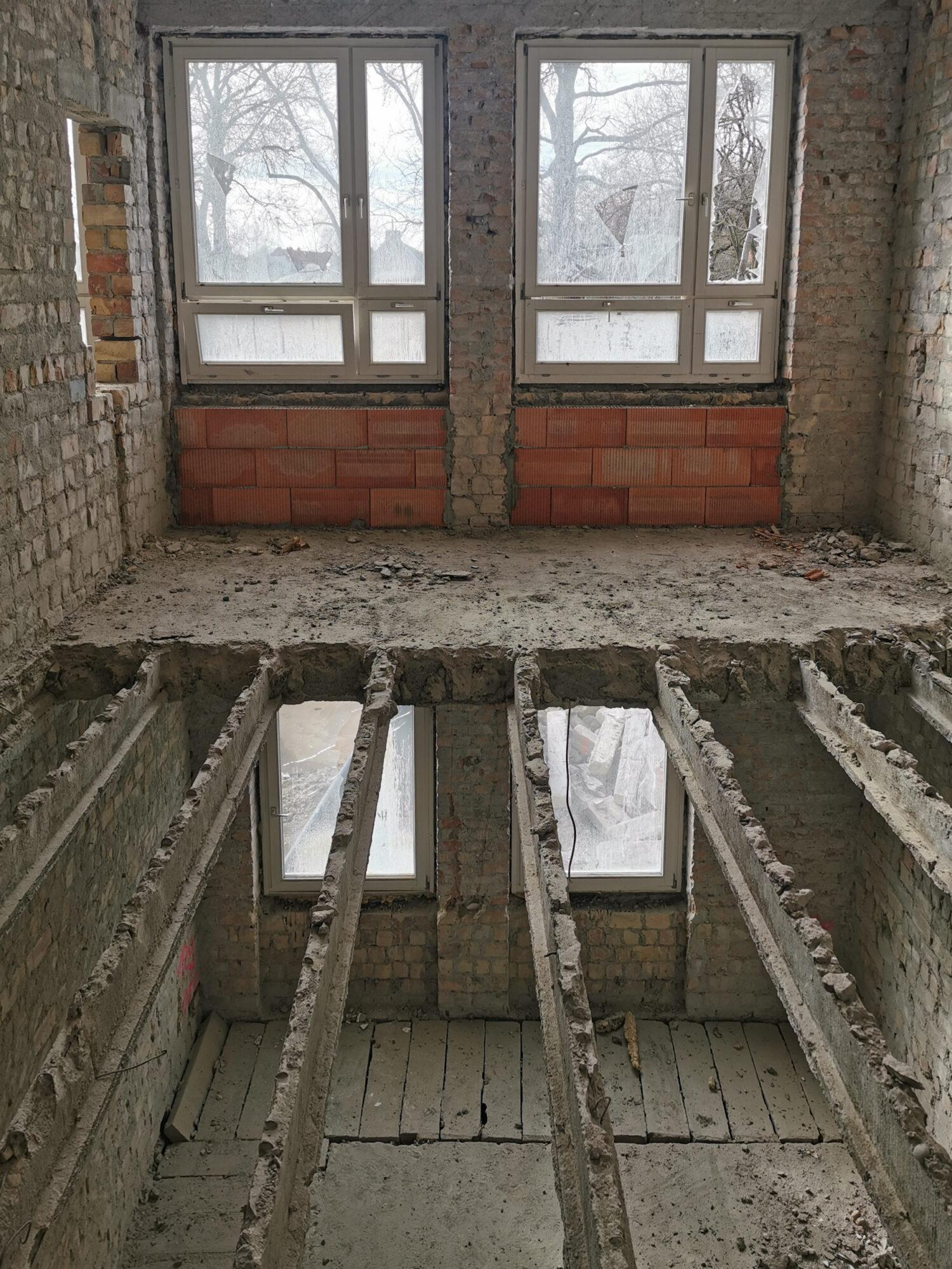 Baustart Juri Gagarin-Schule Stralsund - Abbrucharbeiten