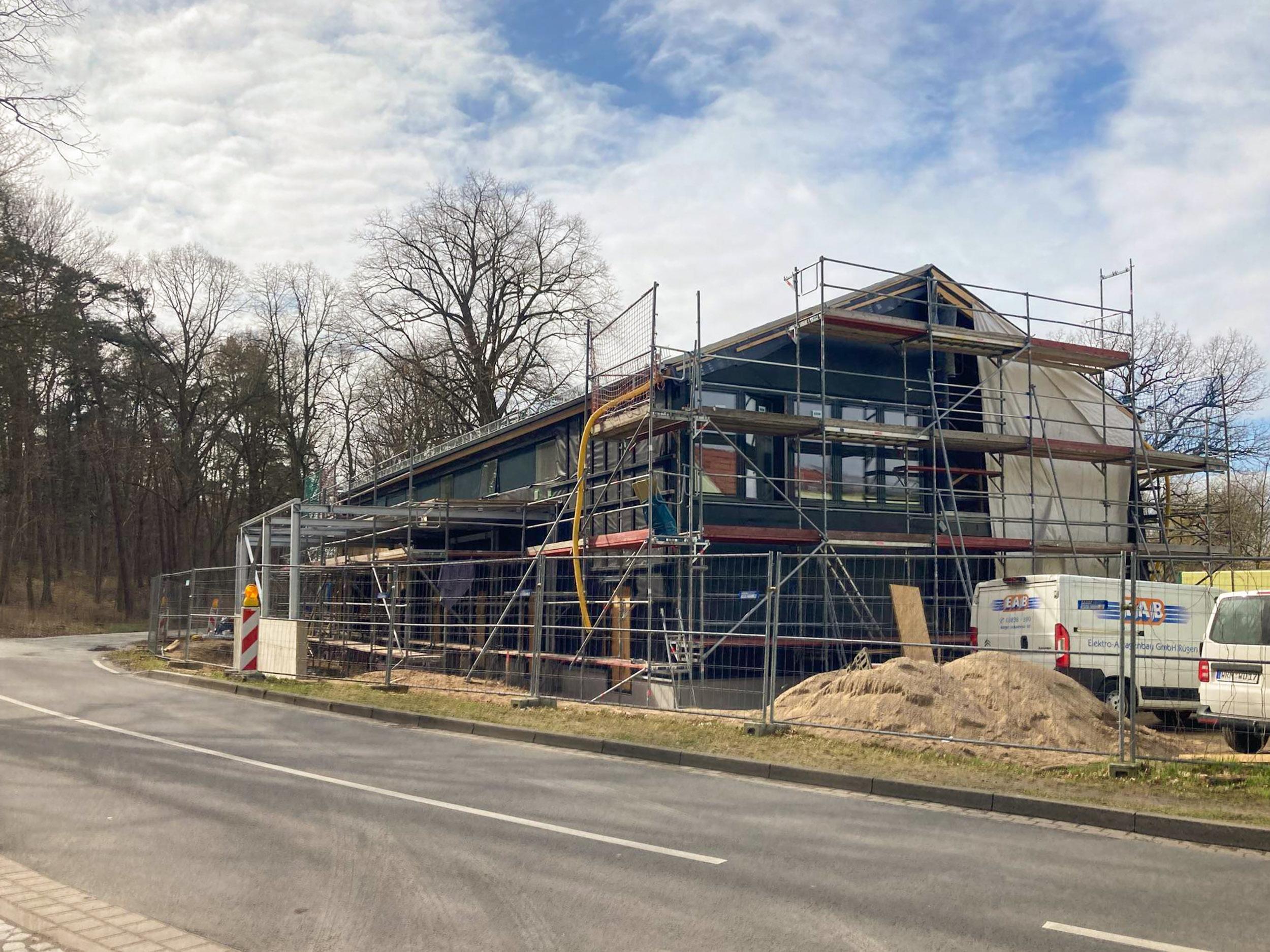 Fassadenarbeiten am Lehrlingsgebäude des Forstamtes in Güstrow